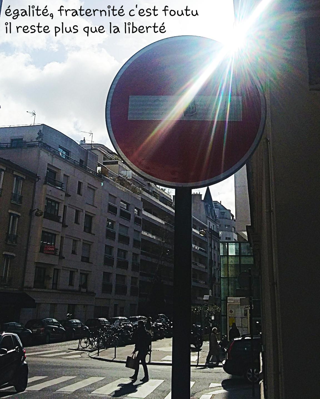 sens interdit soleil Paris