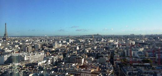 Paris panoramique au soleil