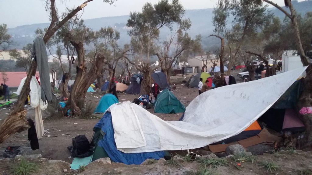 Camp de tente à Moria, Lesbos